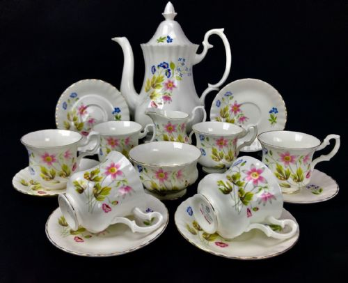 Richmond China Tea Set / Coffee Service For 6 People / Wild Anemone / Vintage